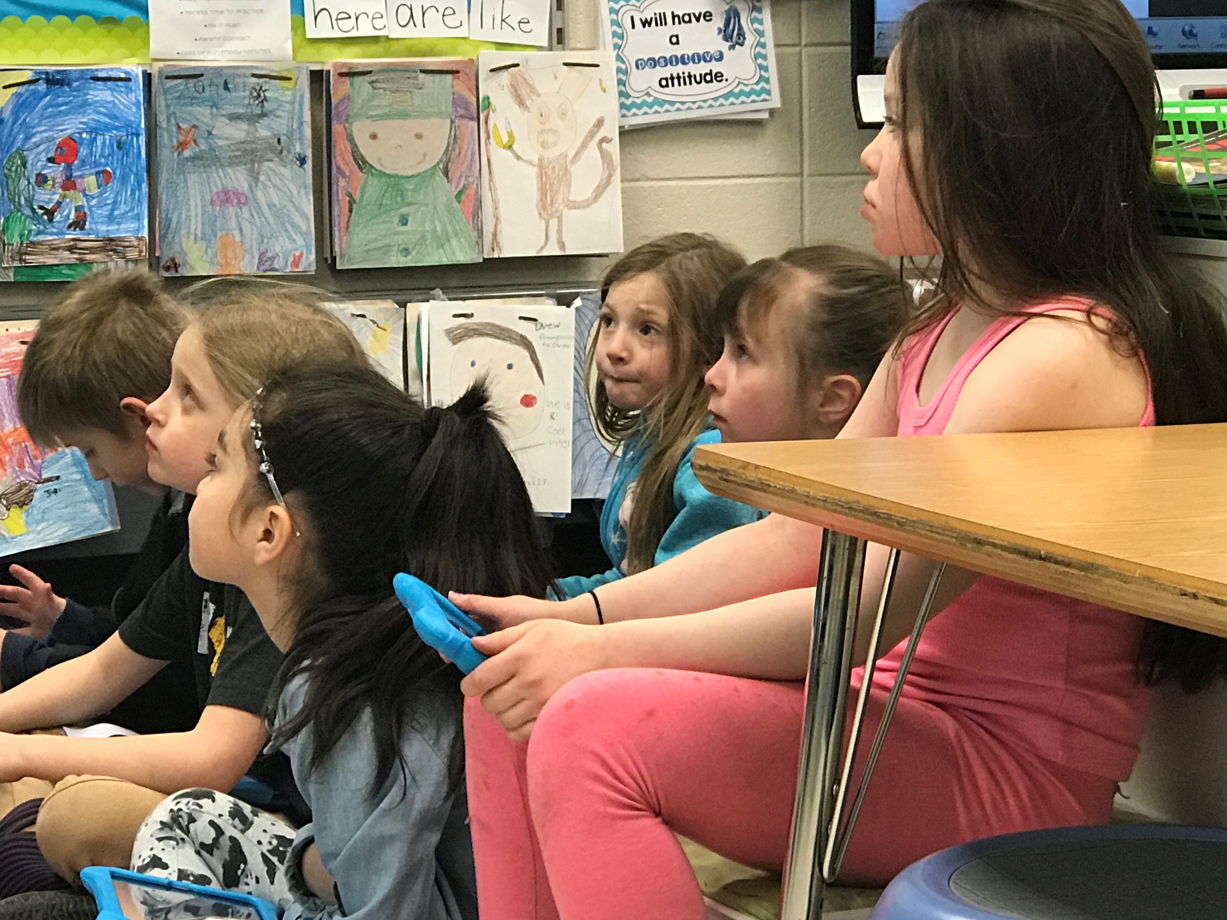 Astute students in Michelle Flicek's first grade class. (WLUK/Gabrielle Mays)