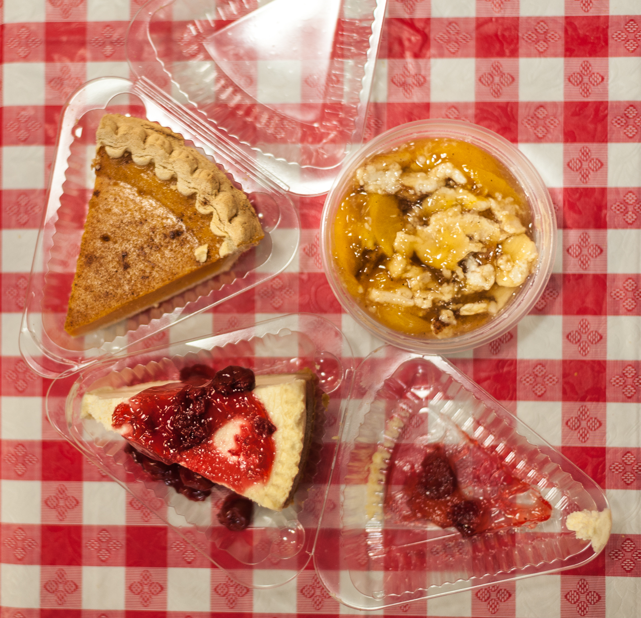 Custard pie, strawberry cheesecake, and sweet potato pie / Image: Kellie Coleman // Published: 6.19.20