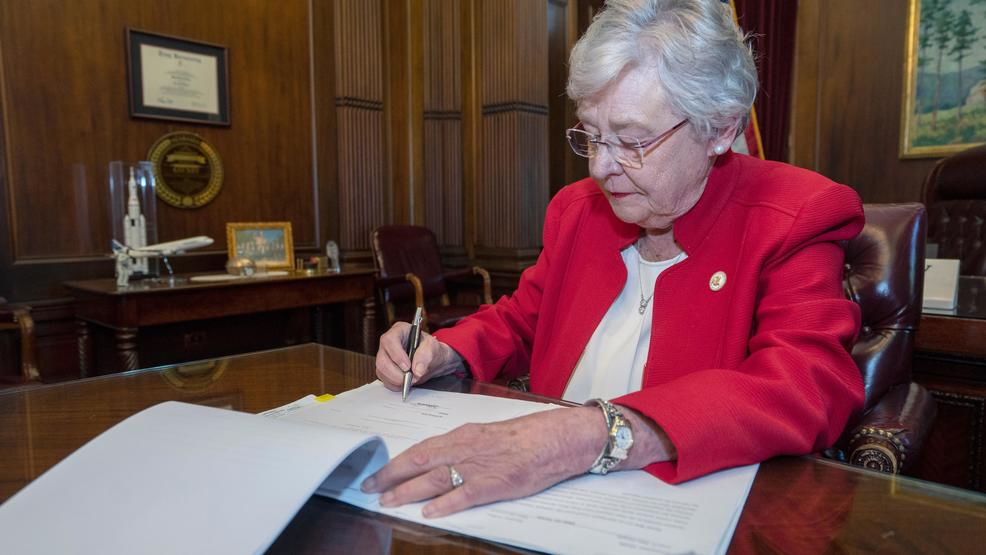 Gov. Ivey signs Alabama's anti-abortion bill into law
