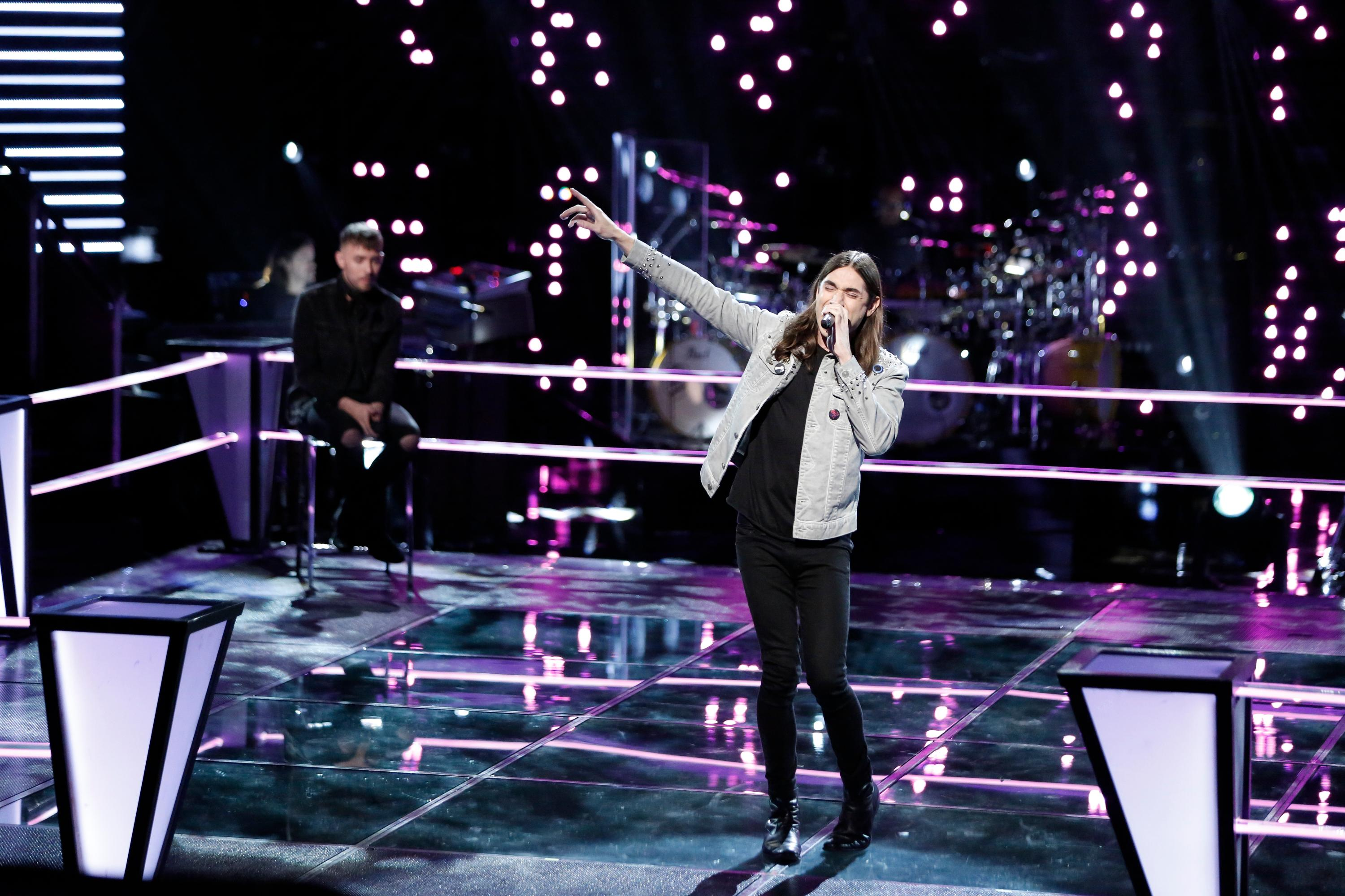 "THE VOICE -- ""Knockout Rounds"" -- Pictured: (l-r) Hunter Plake, Johnny Gates -- (Photo by: Tyler Golden/NBC)"