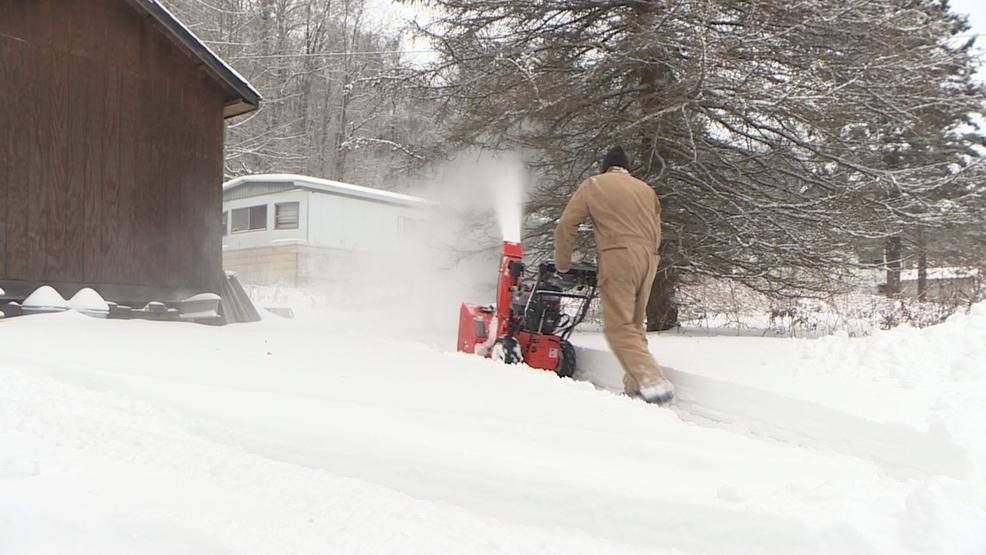 Bundle up! Farmers' Almanac predicts wild winter, 'Polar