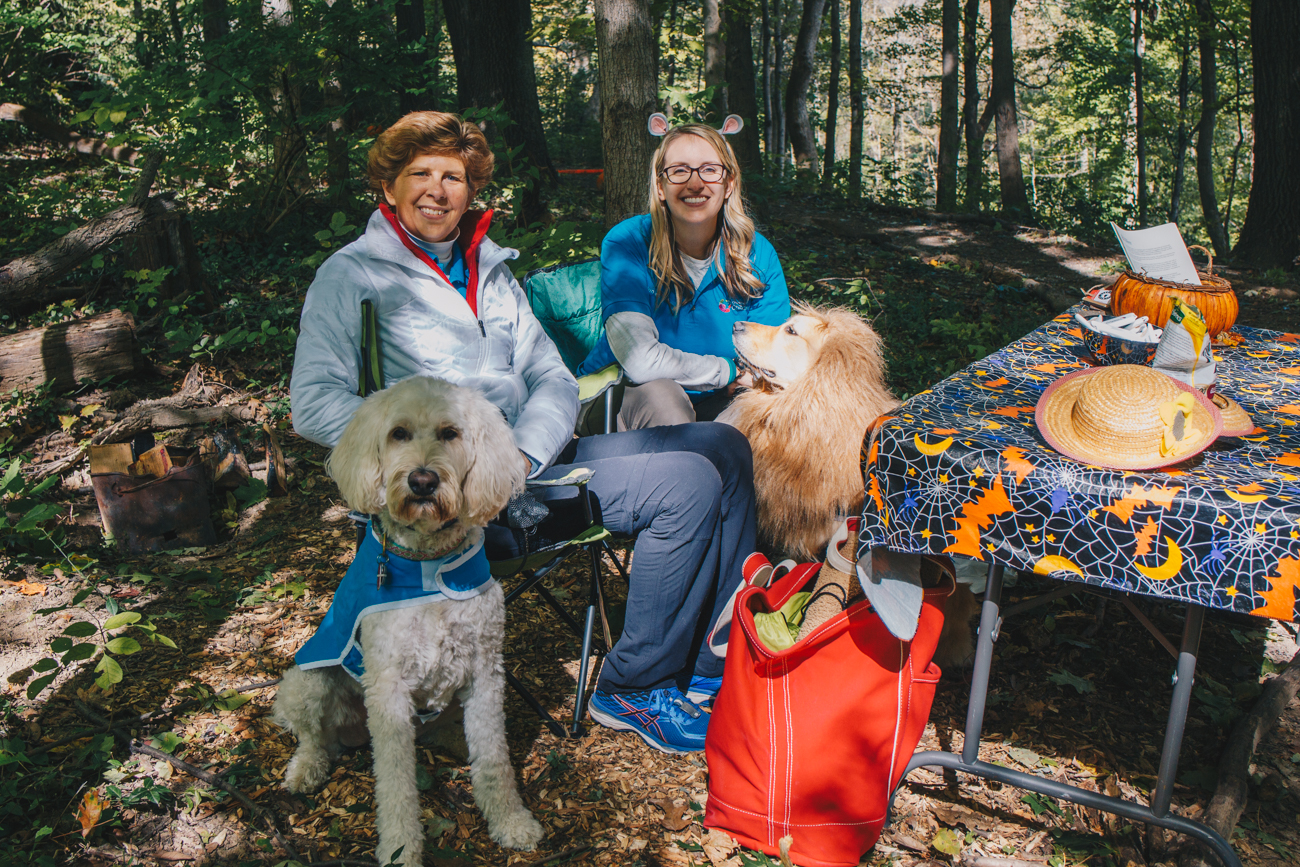 Julianne Seigel with her dog Chloe and Hannah Eldridge with her dog Zuri. Julianna and Hannah and representing the Cincinnati Children's Dog Visitation Program. /{ }Image: Catherine Viox