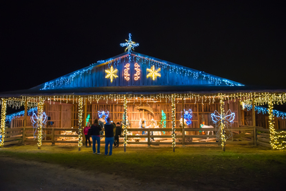 Christmas Ranch Morrow Ohio.Photos The Christmas Ranch Will Wow You With Its Million