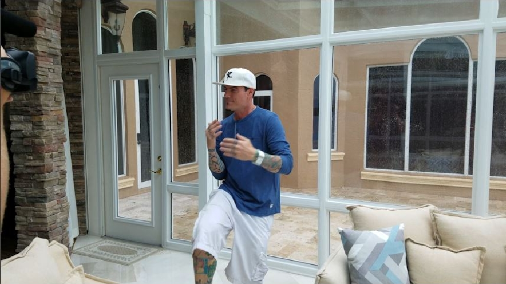 Vanilla Ice gets his moves ready for DWTS