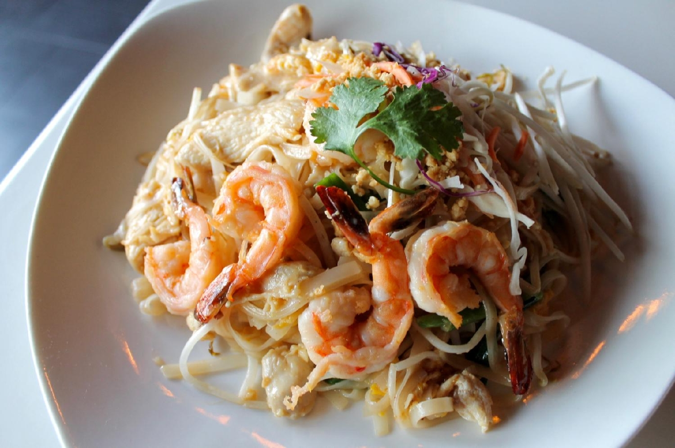 Pad Thai with Shrimp and Chicken / Image: Rose Brewington // Published: 12.18.16